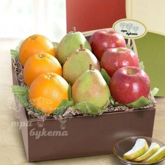 korobochka-s-yablokami-grushami-i-apelsinami